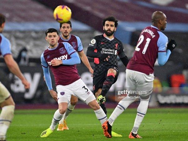 Mohamed Salah saat mencetak gol ke gawang West Ham United