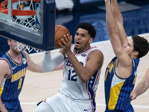 Pemain Sixers, Tobias Harris saat melawan Indiana Pacers.