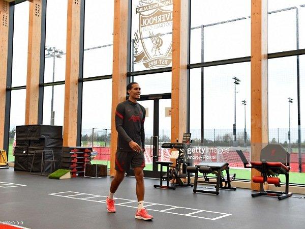 Klopp konfirmasi Virgil van Dijk tidak akan bermain hingga akhir musim