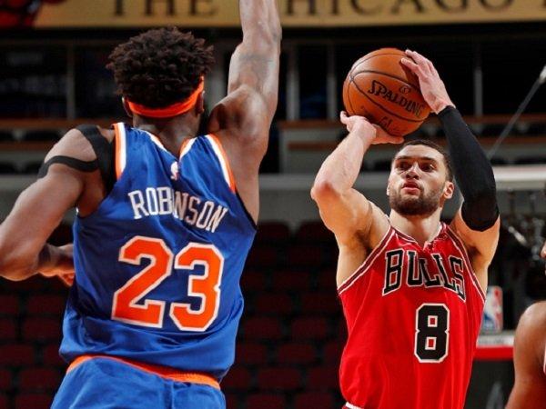 Zach Lavine saat berhadapan dengan New York Knicks. (Images: Getty)