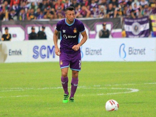 Pemain bertahan Persik Kediri, Jefferson Formigao gabung klub Armenia