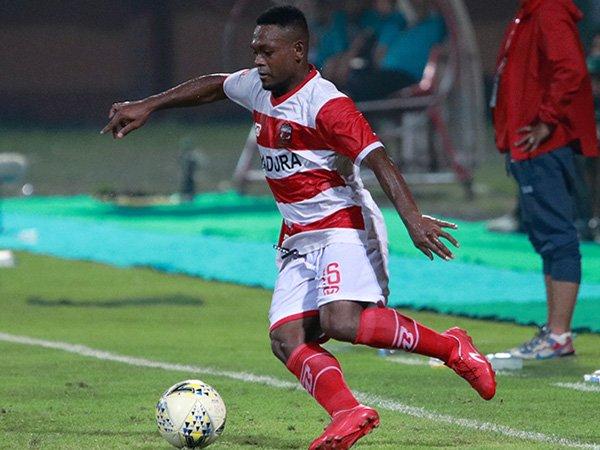 Winger Madura United, David Laly