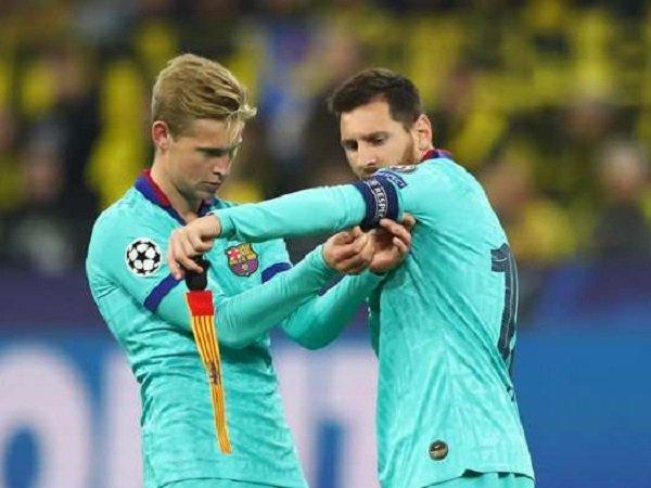 Frenkie De Jong bersama Lionel Messi. (Images: Getty)