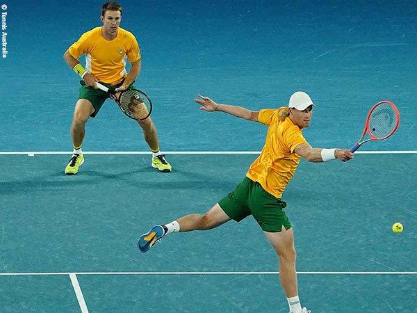 John Peers [kiri] dan Luke Saville [kanan] menangkan laga nomor ganda penentu bagi Australia di ATP Cup 2021