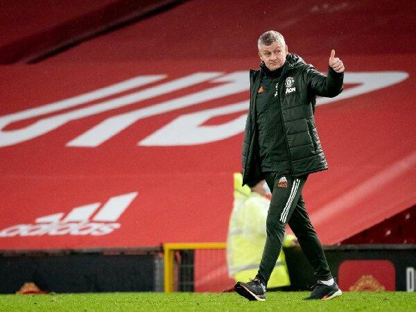 Solskjaer berharap masalah sisi kanan Manchester United sudah teratasi