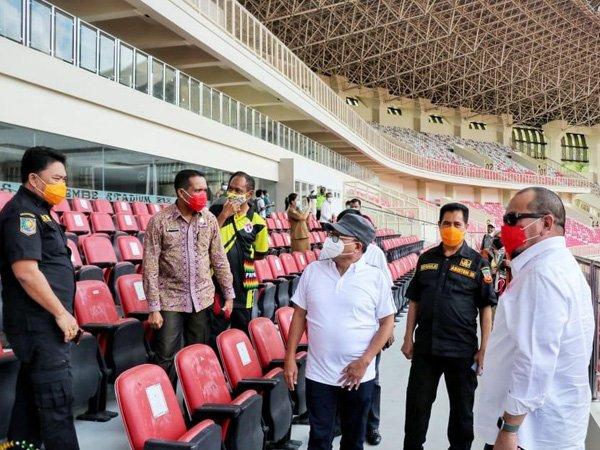 Peninjauan stadion untuk pembukaan dan penutupan PON ke-XX di Papua