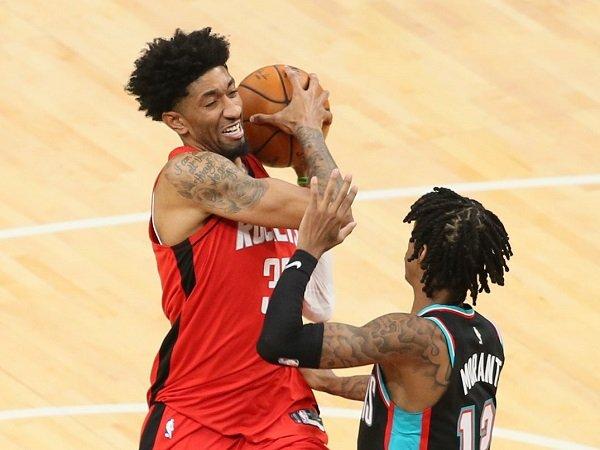 Houston Rockets lega setelah tahu Christian Wood tak alami cedera engkel serius.