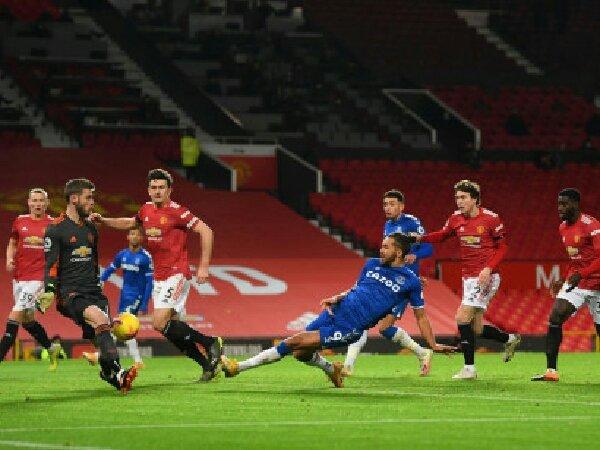 Menurut Paul Scholes, peluang MU untuk juarai Liga Premier kini terpukul