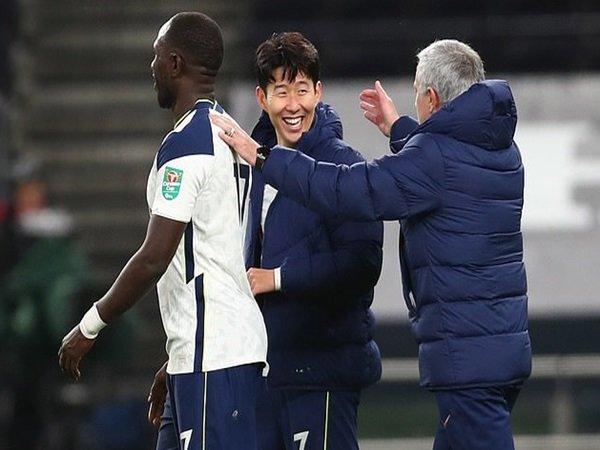 Mourinho, Son dan Sissoko