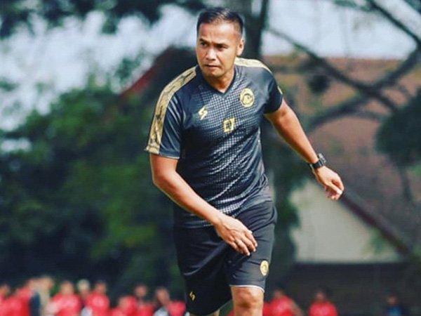 Kontrak Charis Yulianto tak diperpanjang Arema FC