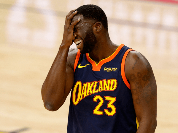 Draymond Green sesali kesalahan fatalnya dalam laga kontra San Antonio Spurs.