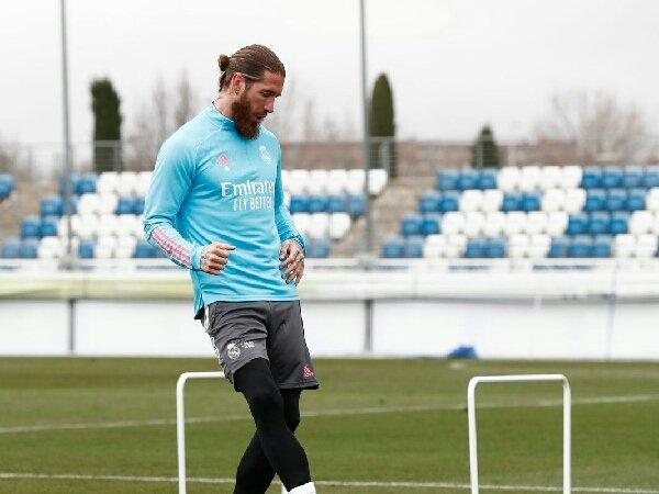 Manchester United segera dapatkan Sergio Ramos dari Real Madrid