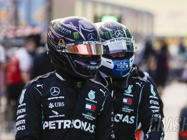Mercedes ingin mempercepat proses pembicaraan untuk pembalapnya di 2022.