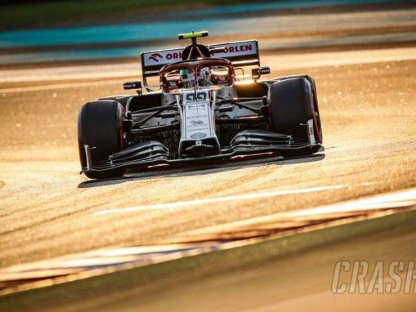 Giovinazzi menargetkan dirinya dapat meraih podium f1 pertamanya di musim 2021.