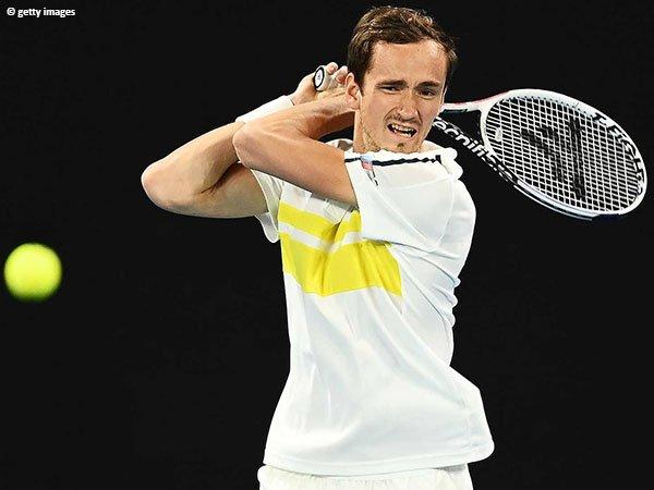 Daniil Medvedev melenggang ke babak ketiga Australian Open 2021