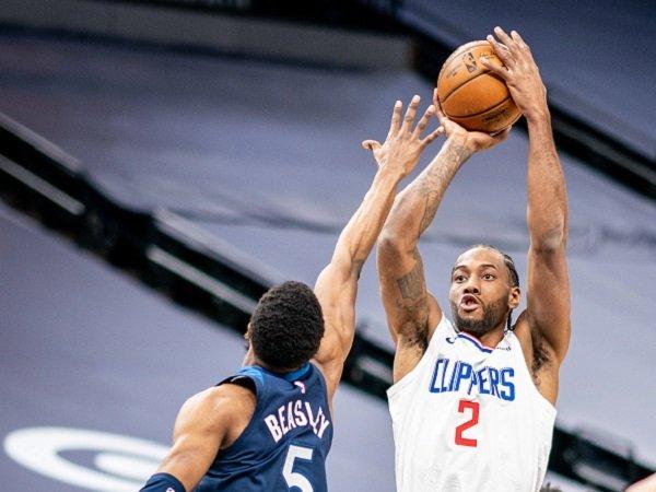 Kawhi Leonard saat Los Angeles Clippers melawan Timberwolves.