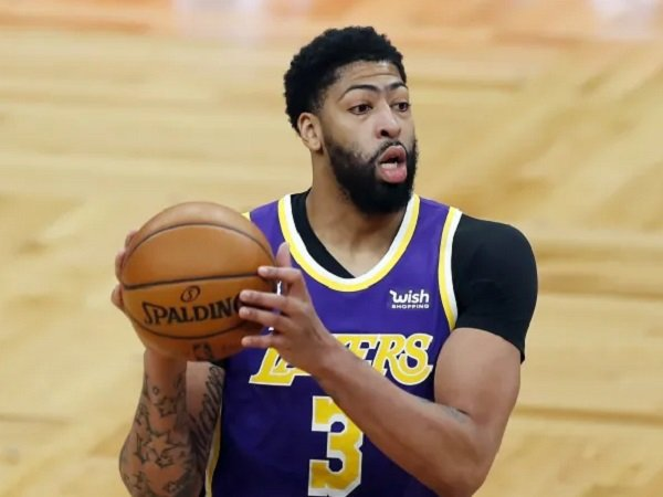 Power forward andalan Los Angeles Lakers, Anthony Davis