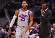 Derrick Rose Sudah Izin Dwane Casey Saat Ingin Keluar Dari Detroit Pistons