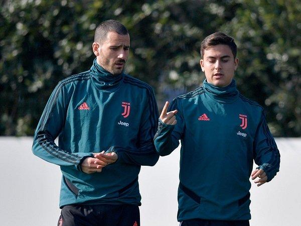 Leonardo Bonucci dan Paulo Dybala kemungkinan absen saat Juventus hadapi Napoli