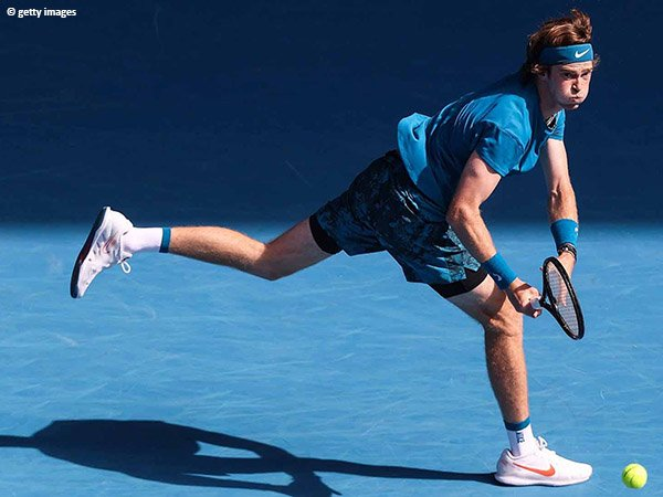 Andrey Rublev lolos ke babak keempat Australian Open untuk kali kedua secara beruntun