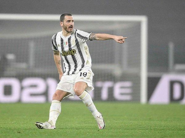 Leonardo Bonucci masuk skuat Juventus kontra Napoli.