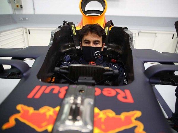 Sergio Perez termotivasi untuk bisa satu level dengan Max Verstappen.
