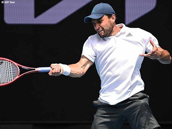 Aslan Karatsev melaju ke perempatfinal Grand Slam untuk kali pertama dalam kariernya