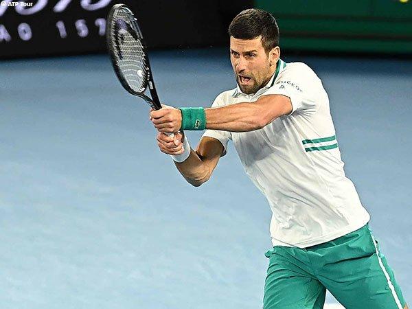 Novak Djokovic melaju ke perempatfinal Australian Open untuk kali ke-12