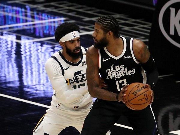 Los Angeles Clippers putus tren kemenangan sembilan kali beruntun Utah Jazz.