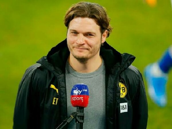 Edin Terzic mengaku senang dengan kemenangan Borussia Dortmund atas Schalke