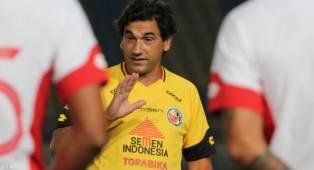 Nama Pelatih Semen Padang FC Masuk Bursa Transfer Calon Pelatih Arema FC