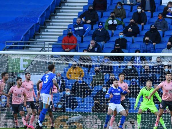 Liga Premier Belum Putuskan Apakah Penonton Akan Kembali di Musim Ini