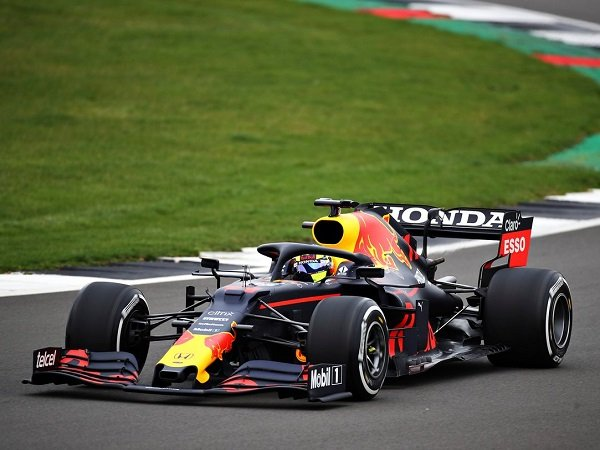Tidak butuh waktu lama bagi Sergio Perez untuk nyaman dengan mobil Red Bull.