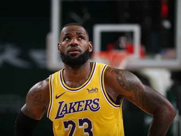 LeBron James petik sisi positif dari rentetan kekalahan Lakers.