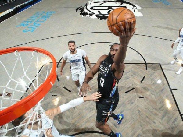 Bintang Brooklyn Nets, James Harden saat melawan Orlando Magic.