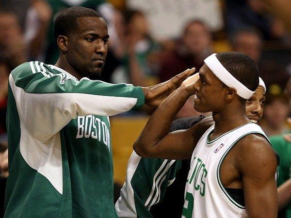 Kendrick Perkins ingin lihat Rajon Rondo bereuni dengan Boston Celtics.
