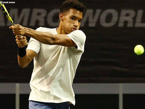 Felix Auger Aliassime merupakan runner up Rotterdam Open 2020