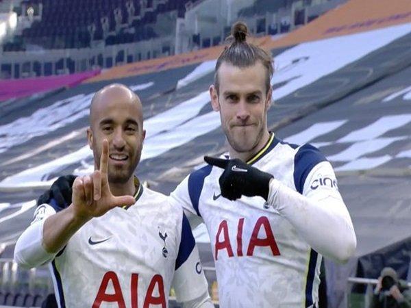 Bale dan Moura