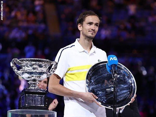 Keberhasilan petenis Rusia, termasuk Daniil Medvedev kembali dongkrak popularitas tenis di Rusia