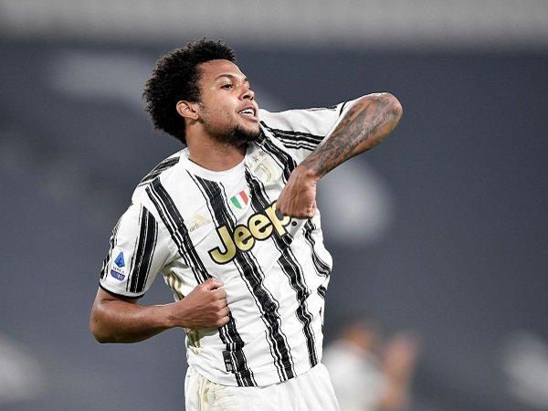 Weston McKennie dipermanenkan oleh Juventus.