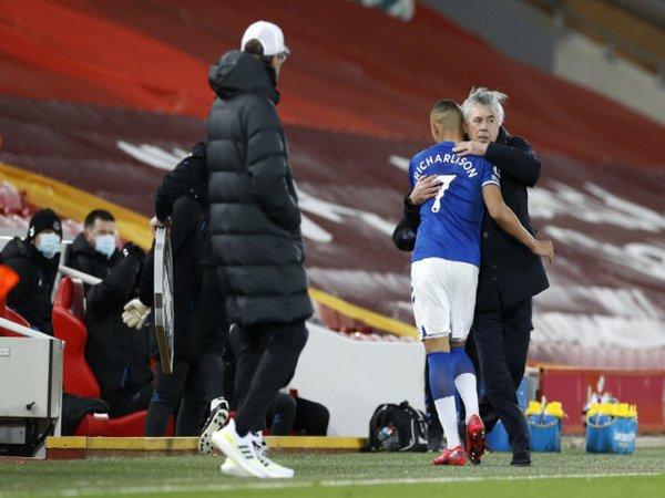 Carlo Ancelotti meramal bahwa Richarlison bakal menjadi striker top Eropa di masa mendatang / via Getty Images