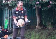 Hendro Kartiko Sebut 3 Kiper Madura United Punya Kemampuan Setara
