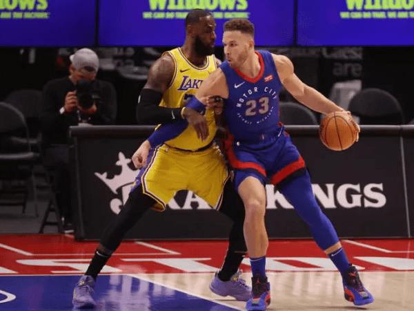 Detroit Pistons bakal segera lepas Blake Griffin jadi free agent.