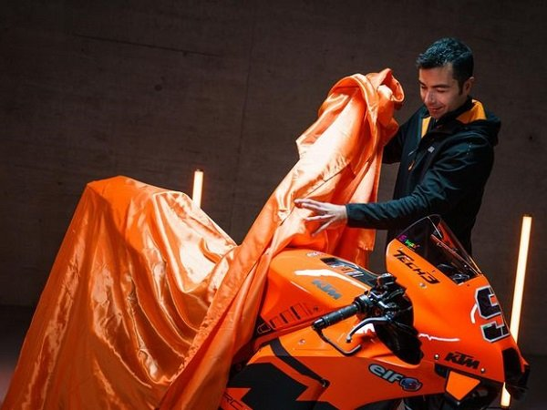 KTM ingin dengar komentar jujur Danilo Petrucci akan motor barunya.