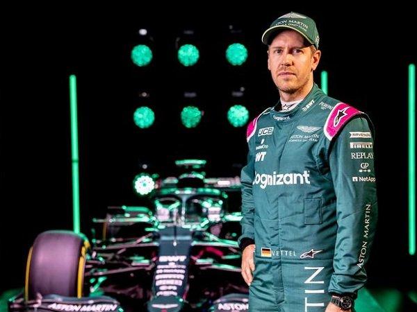 Sebastian Vettel bertekad bawa Aston Martin tembus tiga besar di F1 2021.