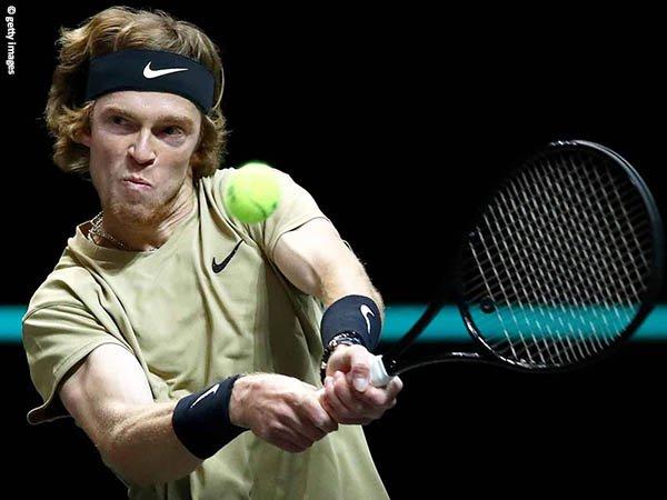 Andrey Rublev melenggang ke semifinal Rotterdam Open 2021