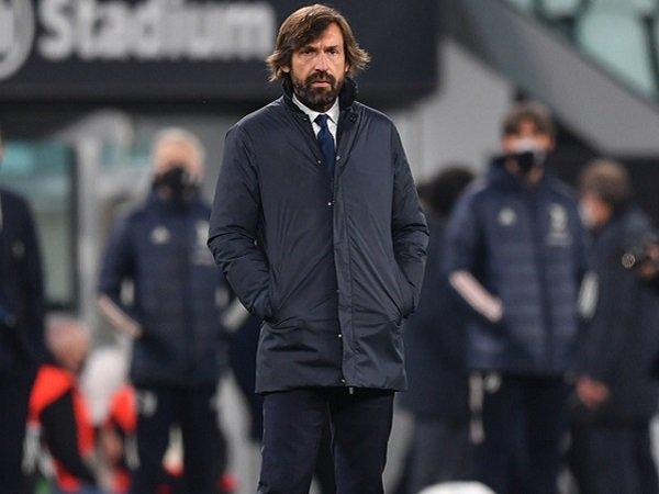 Andrea Pirlo keluhkan badai cedera Juventus kontra Lazio.