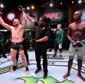 Adesanya Mengaku Tidak Kecewa Dengan Kekalahan Pertamanya di UFC