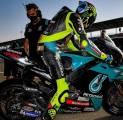 Valentino Rossi Beberkan Kesan Pertamanya Tampil Bersama Petronas Yamaha