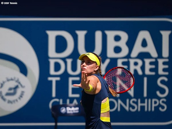 Elena Rybakina melaju ke babak kedua di Dubai musim 2021